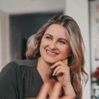 Dr Katharina Meier-Batrakow